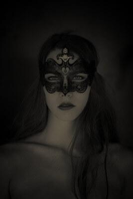 Amalya mask 01